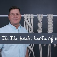 How to tie the basic knots of Macramé